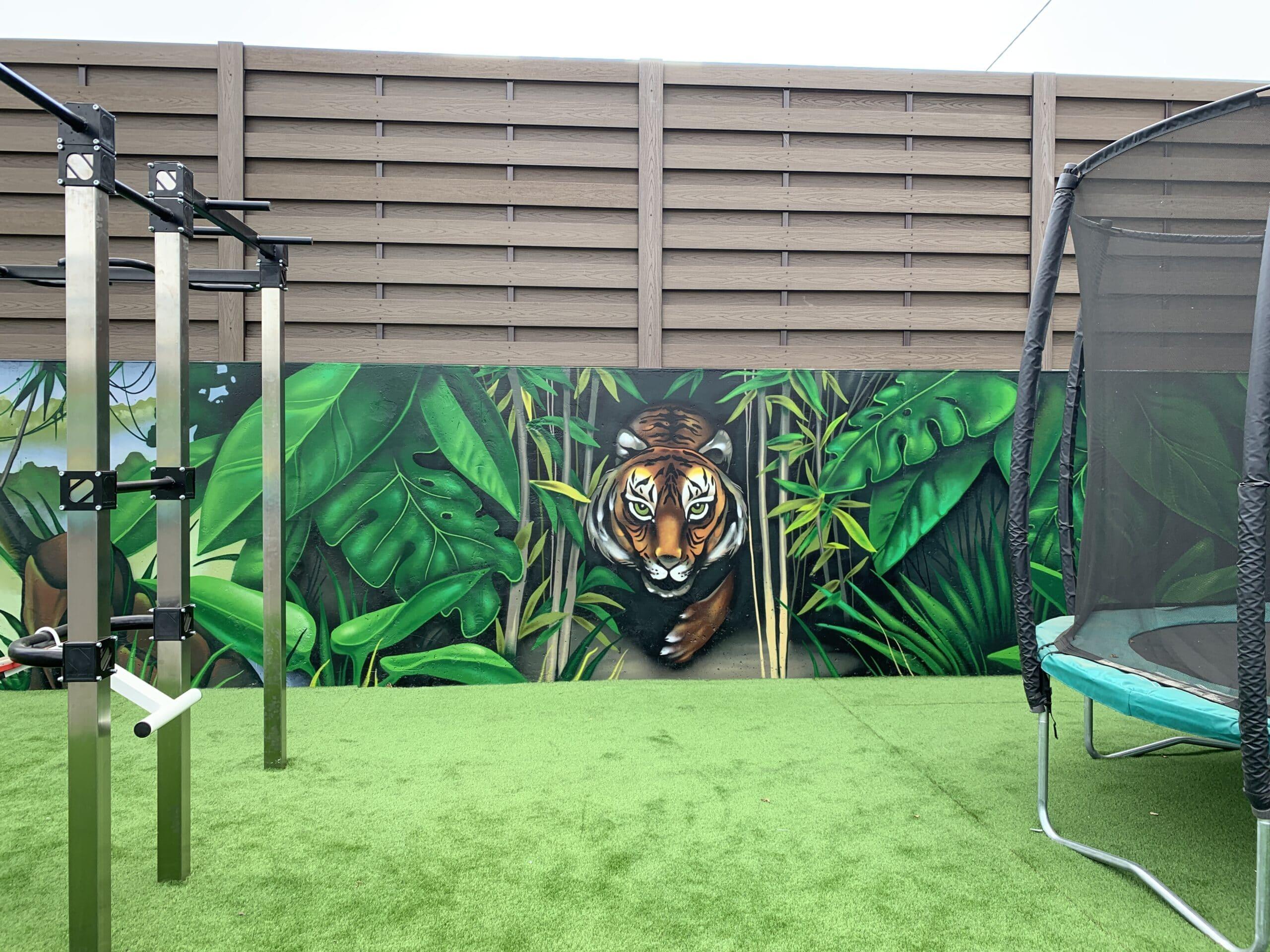 Muralmarket | Роспись стен спортивной площадки в частном доме 2